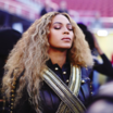 Beyoncé - Beyonce Almost Fell During Her Super Bowl Halftime Performance