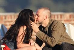 Megan Fox Kisses Dominic Monaghan In Eminem's New Music Video