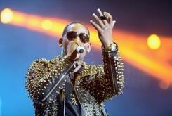 """R Kelly's """"Trapped In The Closet"""" Saga May Continue On Apple Music"""