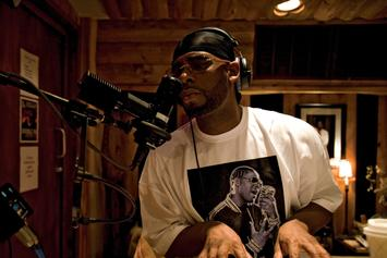 """R. Kelly Announces Release Date For New """"Black Panties"""" Album"""
