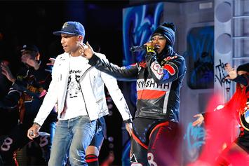 "Justin Bieber, The Weeknd, Pharrell, Missy Elliott & More Perform On ""The Voice"" Season Finale"