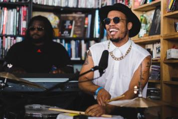 "Anderson .Paak ""Tiny Desk Concert"" Video"