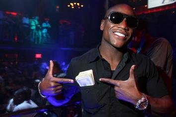 Floyd Mayweather Makes It Rain With $40,000 At Detroit Strip Club