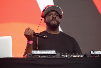 Funkmaster Flex Is Still Dissing Drake During His DJ Sets