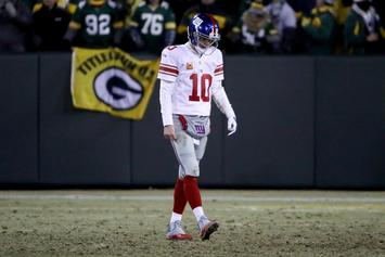 Did The New York Giants Trash A Plane On Their Way Back From Green Bay?