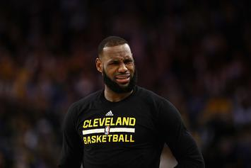 """LeBron James Calls Reporter """"Trash"""" For Article About Kevin Love Rumors"""