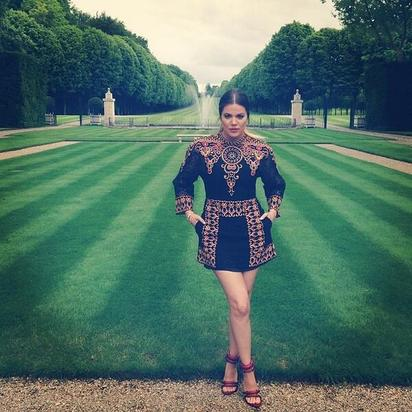 Khloe Kardashian poses at the Château de Wideville