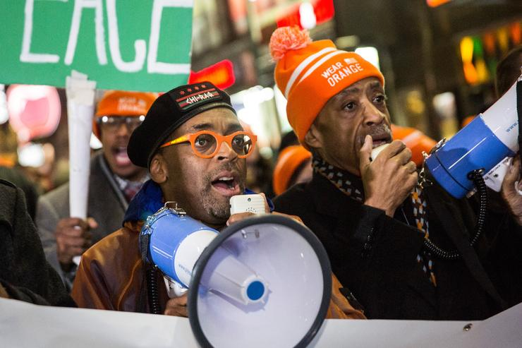 Al Sharpton, Spike Lee Lead Gun Violence Protest After 'Chi-raq'