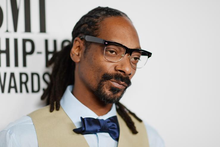 Recording artist Snoop Dogg attends the 2015 BMI R&B/Hip-Hop Awards at Saban Theatre on August 28, 2015 in Beverly Hills, California
