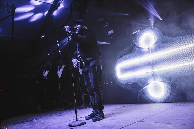 dvsn performing live