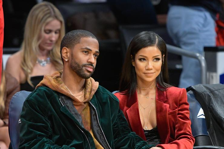 Big Sean and Jhene Aiko at The Los Angeles Lakers Game