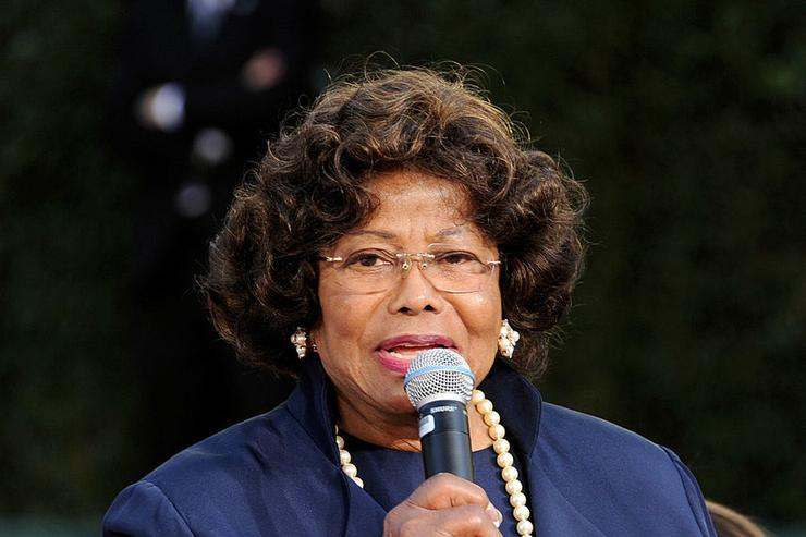 Katherine Jackson appears at the Michael Jackson Hand and Footprint ceremony at Grauman's Chinese Theatre on January 26, 2012 in Los Angeles, California.